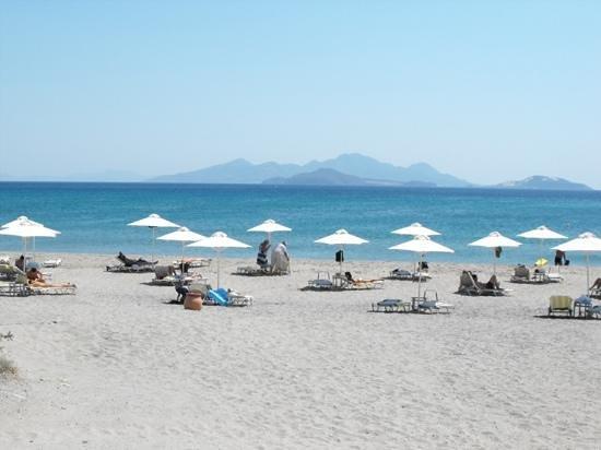 Helona Resort: spiaggia