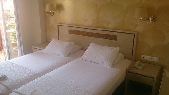 Samos City Hotel: Rum