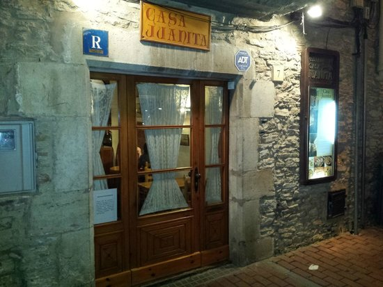 Entrada restaurant casa juanita begur girona photo de restaurante casa juanita b gur - Restaurant casa juanita ...