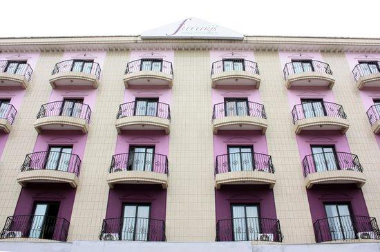 Futuris Hotel