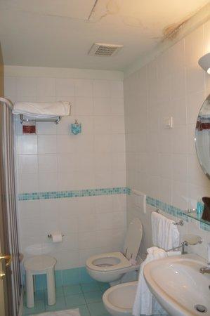 Grand Hotel Bonanno : salle de bain