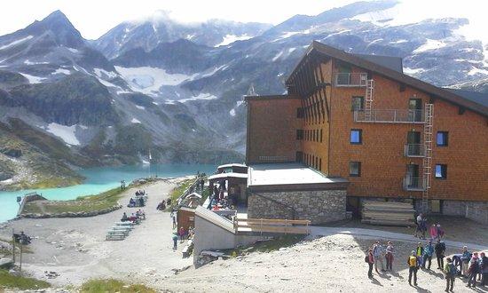 Berghotel Rudolfshütte: Für Wanderer ein Traum