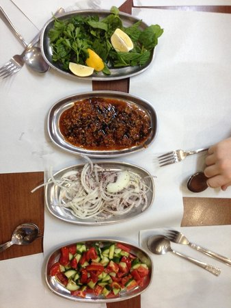 Culinary Backstreets -Tours : Kebob Fixings!
