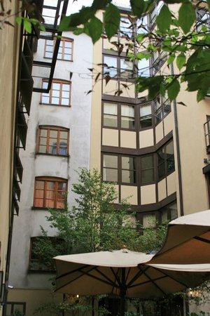 Cortiina Hotel: courtyard