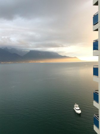 Eurotel Riviera Montreux: View is nice, location is great, service sucks big time