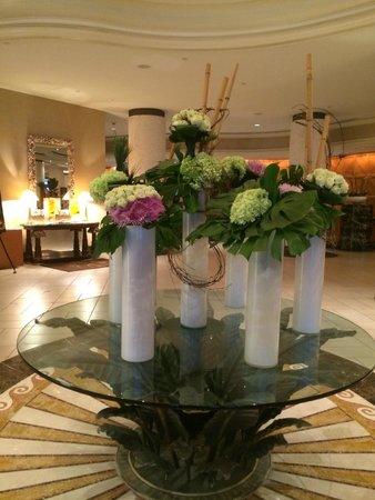 Loews Miami Beach Hotel: Hall