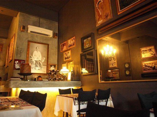 the.Dyak : The enchanting decor brings one back into time in history