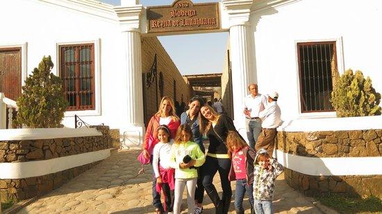 Hotel Lunahuana River Resort: Visitando las bodegas de vino
