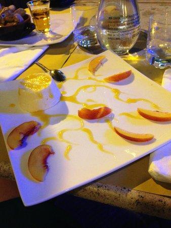 Osteria De' Cenci: Mousse alla pesca