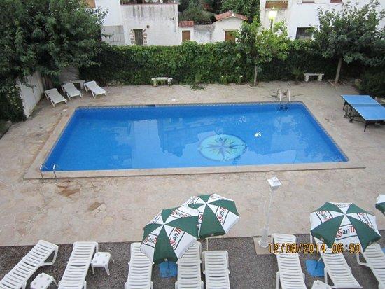 Hotel Windsor: Swimmin pool