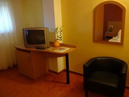 Hotel Vandia: Zimmer