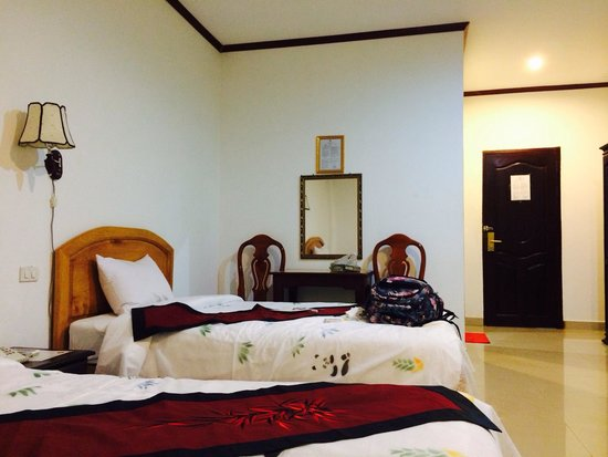 Douangpraseuth Hotel: My room..