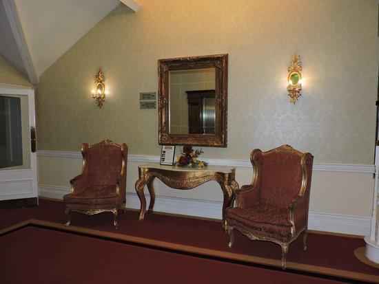 Muckross Park Hotel & Spa: hotel lobby