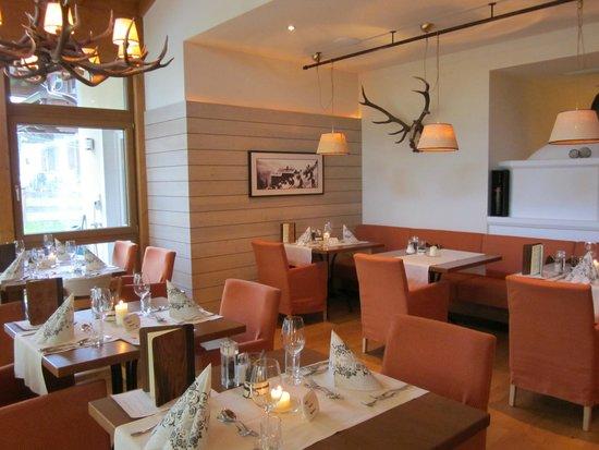 Sonnenhof Hotel + Appartements: Gezellige eetzaal