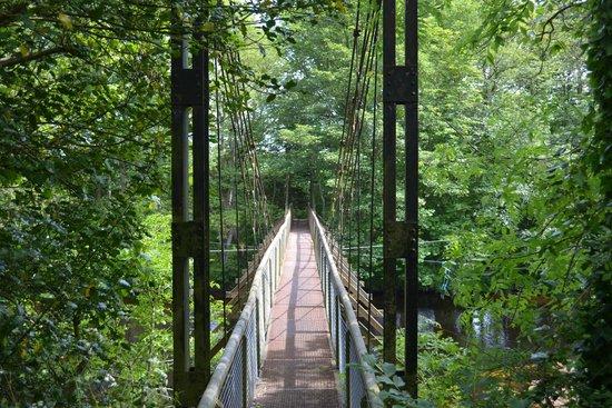 Alexandra Lodge: Swing Bridge over the North Esk River