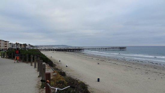 Pacific Shores Inn: uitzicht op de pier bij mission beach