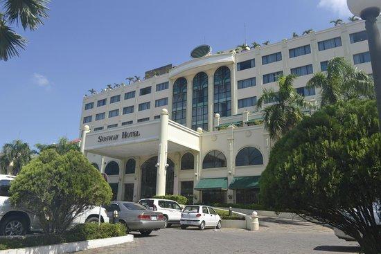 Sunway Hotel Phnom Penh: Exterior