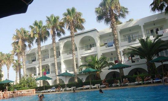 Hotel Emira: Piscine