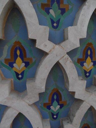 Mosquée Hassan II : Tile details