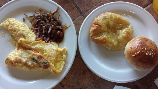 Bayview Hotel Melaka: Breakfast