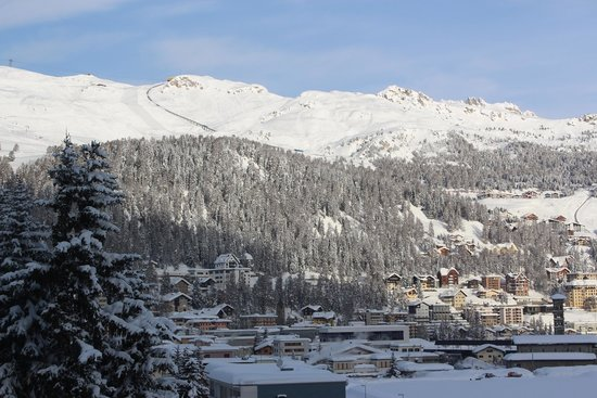 Club Med Saint Moritz Roi Soleil : View from bedroom