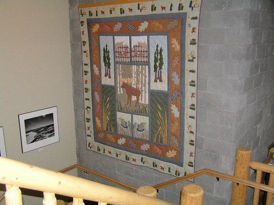 Talkeetna Alaskan Lodge: coperta ricamata