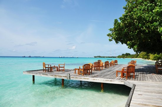 Kuramathi Island Resort: Around the island
