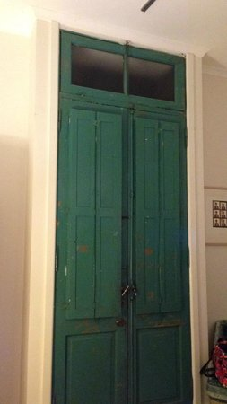 Bondi Beach House Accommodation: Our front door