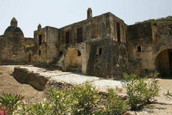 Moni Preveli Monastery: Het oude gerestaureerde klooster