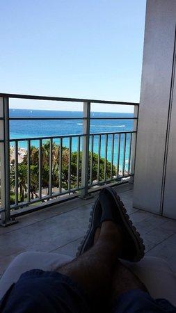 Le Meridien Nice : Enjoying the balcony