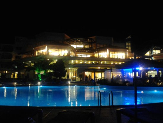 Rodos Princess Beach Hotel: albergo la sera