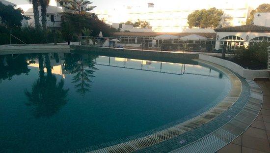 Palia Dolce Farniente: piscine au petit matin