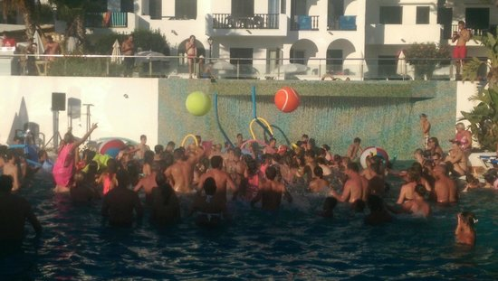 Palia Dolce Farniente: la pool party