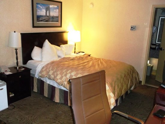 Ramada Wayne Fairfield Area: Clean Rooms