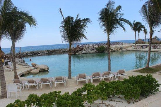 Hard Rock Hotel Riviera Maya: Beach