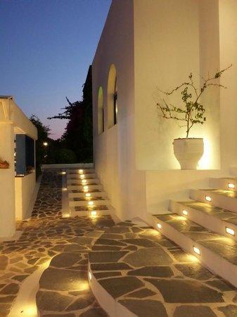 Lindos Sun Hotel: Soirée sur la terrasse