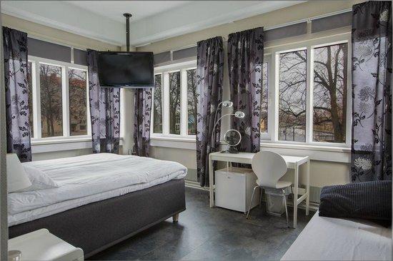 Hotelli City Hovi