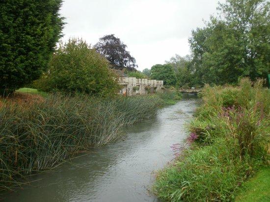 Old Swan & Minster Mill: A river runs through it!