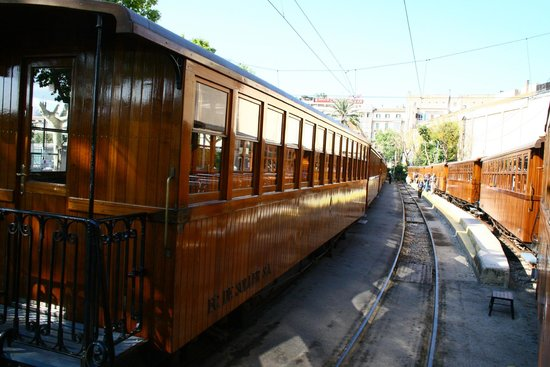 Ferrocarril de Soller : Carriages in Palma