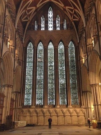 Cathédrale d'York : You won't believe the size of it until you stand in front of it....