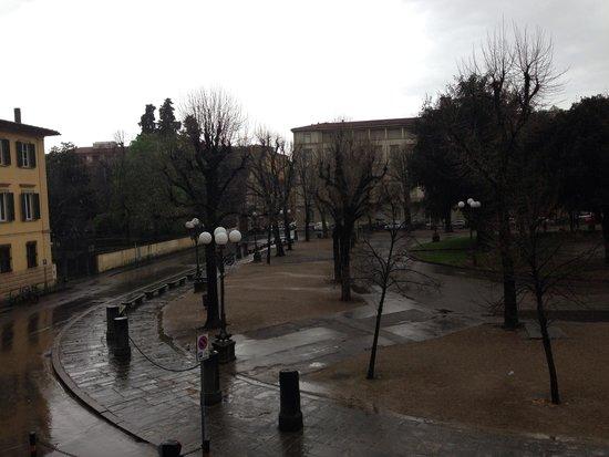 Hotel Caravaggio : Вид из окна)