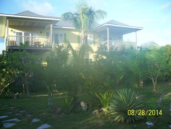 Pineapple Fields Resort: Adjacent four condo unit