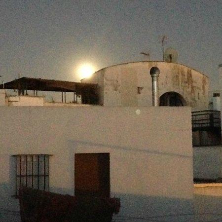 Conde de Torrejon 10: Romantic moon-lit rooftop terrace.