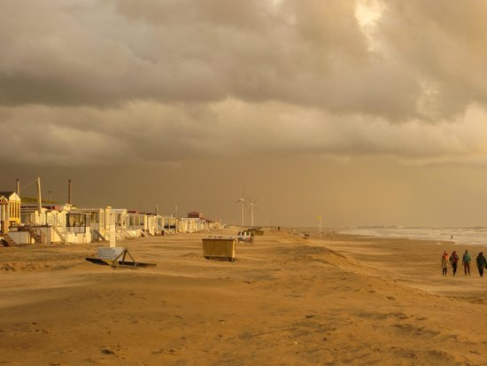 Fletcher Hotel-Restaurant Zeeduin: Strand und Wetter