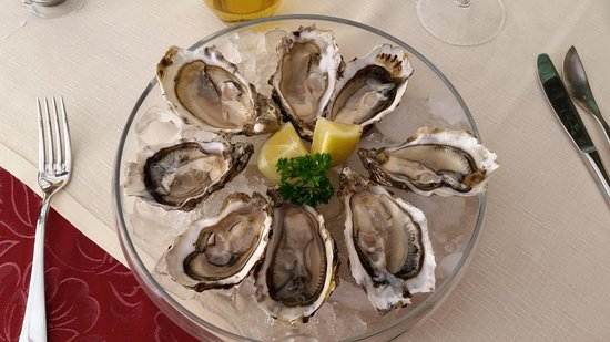 Antica Torretta: Starter- French oysters