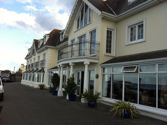 Bayview Hotel : Front of hotel