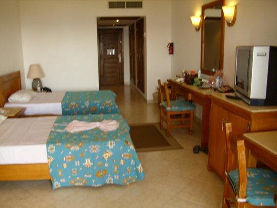 Fort Arabesque Resort, Spa & Villas: inside room