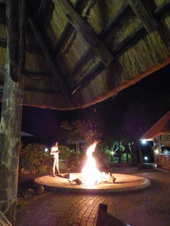 A'Zambezi River Lodge: The dining lodge. In the winter, a fire is made when the sun sets.