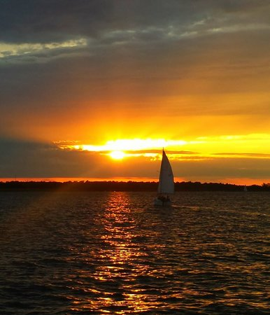Black Watch Sailing Charters: Amazing sunset from Black Watch