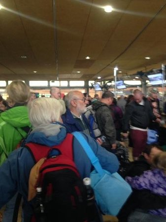 Eden Project: the scrum to pay - not enough tills open